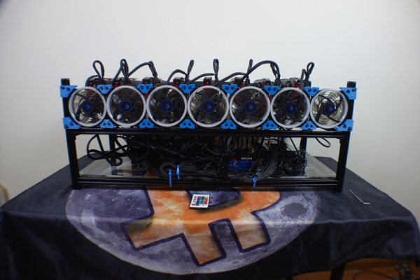 BlackOctane 8-GPU 7-Fan Stackable Aluminum Rig Frame 88cm Long